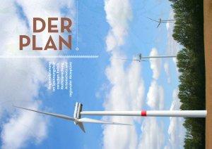 Bild quer einer Windenergieanlage in einer Landschaft mit Himmel