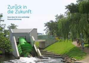 Wasserturbine in Landschaft