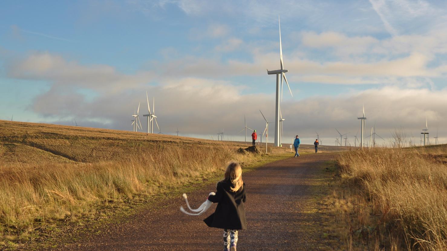 Whitelee-Windpark-Scotland_Phyllis-Buchanan_flickr