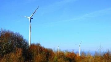 Windenergieanlagen von Mylene auf Unsplash